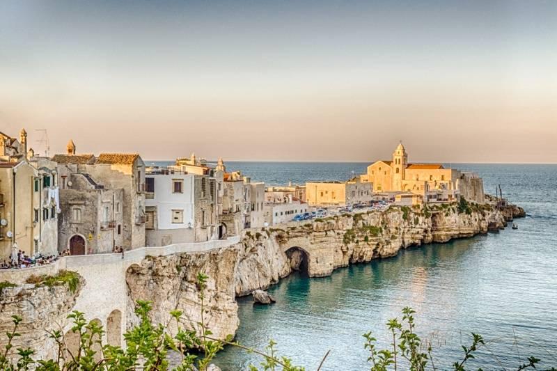 Rome, Sorrento, Amalfi Coast & Apulia
