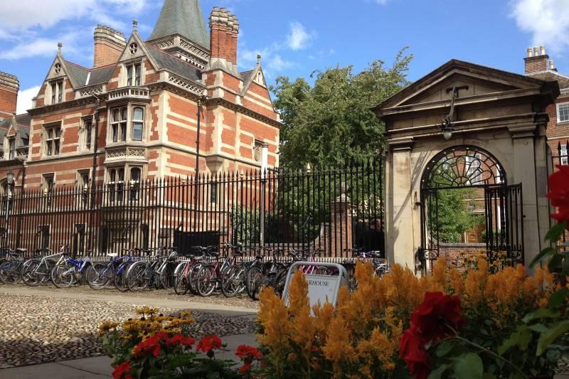 Cambridge & Ely or Duxford